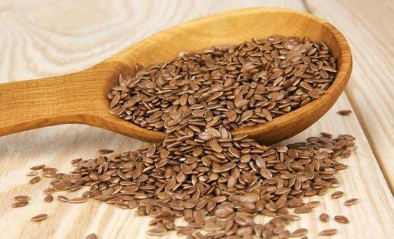 Как правильно употреблять семена льна для красоты и здоровья