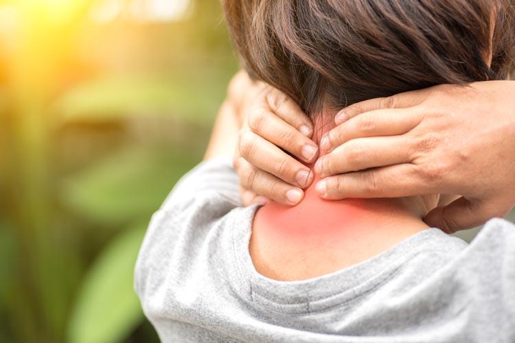 Часто болит шея или затылок? Возможно это остеохондроз шейного отдела