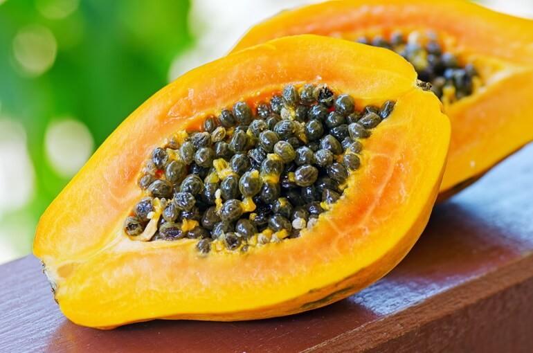 Папайя: правда и вымысел о пользе экзотического фрукта