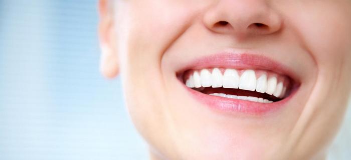 Как восстановить и укрепить эмаль зубов народными средствами