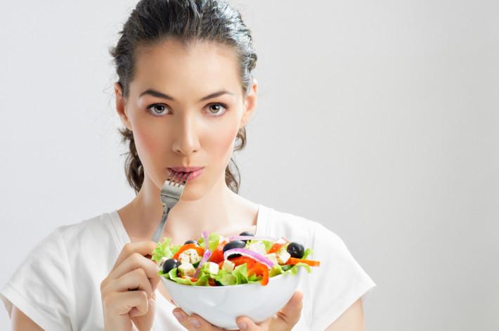 Как ускорить метаболизм: питание, вода и движение