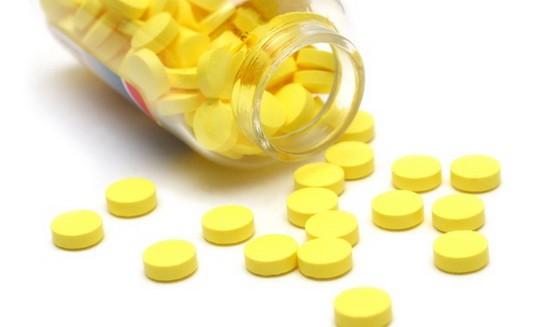 Великий и ужасный фурацилин поможет вашему горлу