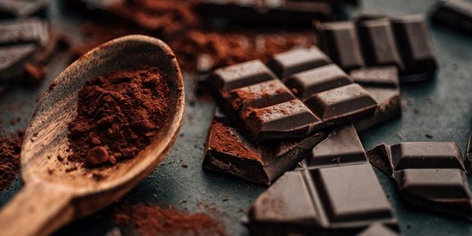 Горький, он же черный, шоколад: его польза и вред для здоровья человека, области применения и меры предосторожности